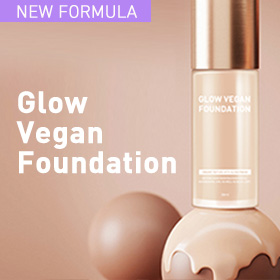 A flawless, glowy finish cream foundation with Zinc Oxide and Titanium Dioxide that defend skin from environmental aggressors such UVs and blue light.